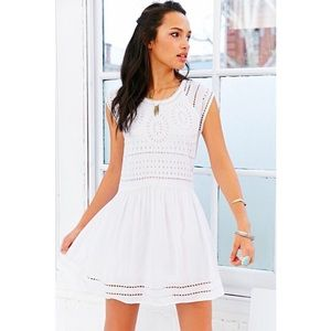 Urban outfitters- Ecoté white dress (s)